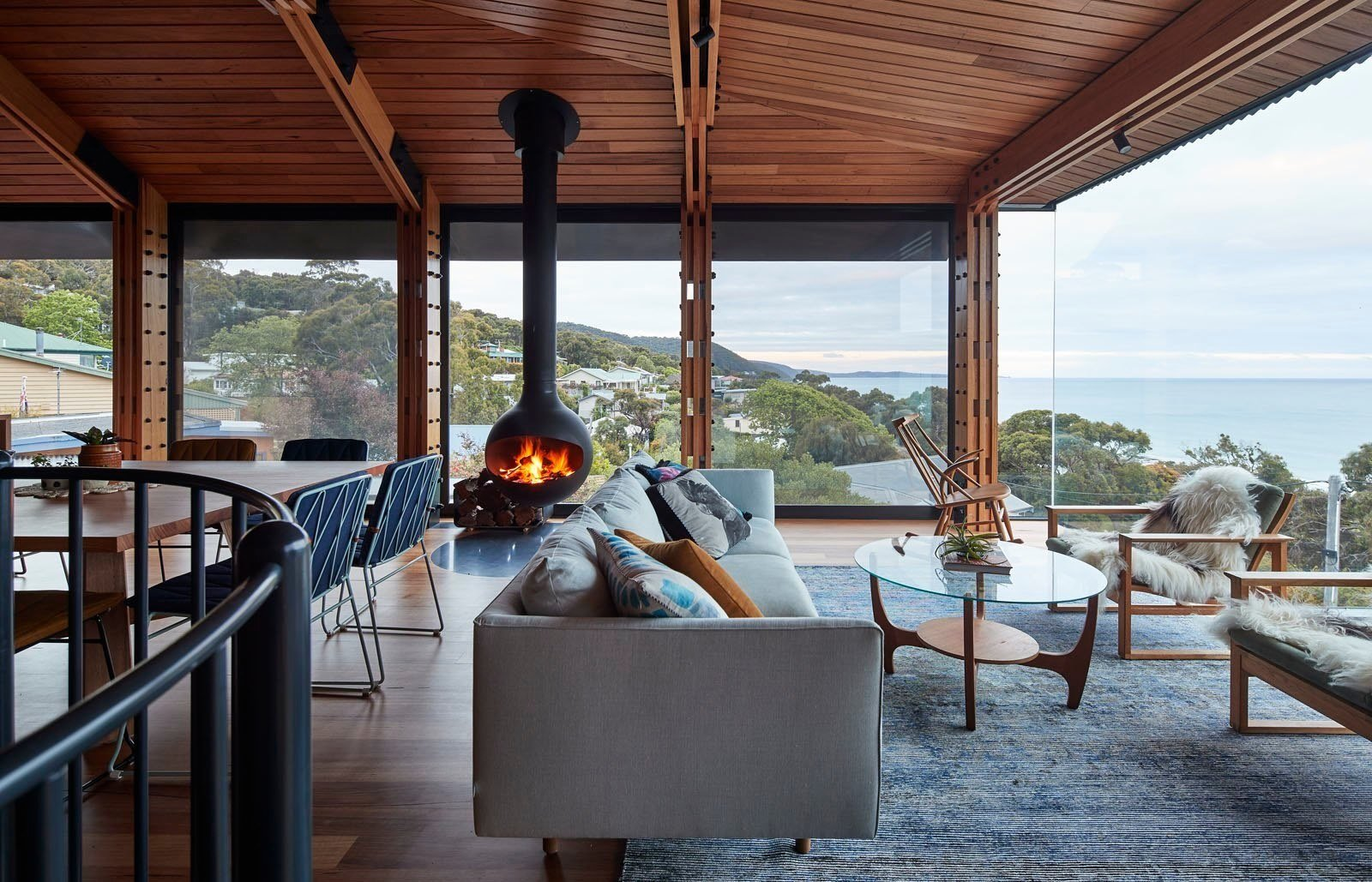 Photo 7 of 12 in A Great Ocean Road Shack With a View Gets a Sustainable Update
