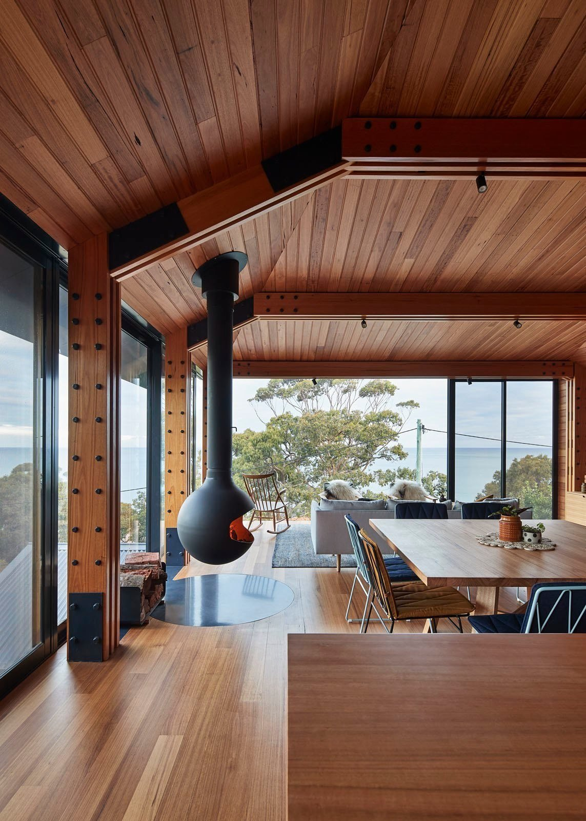 Photo 9 of 12 in A Great Ocean Road Shack With a View Gets a Sustainable Update