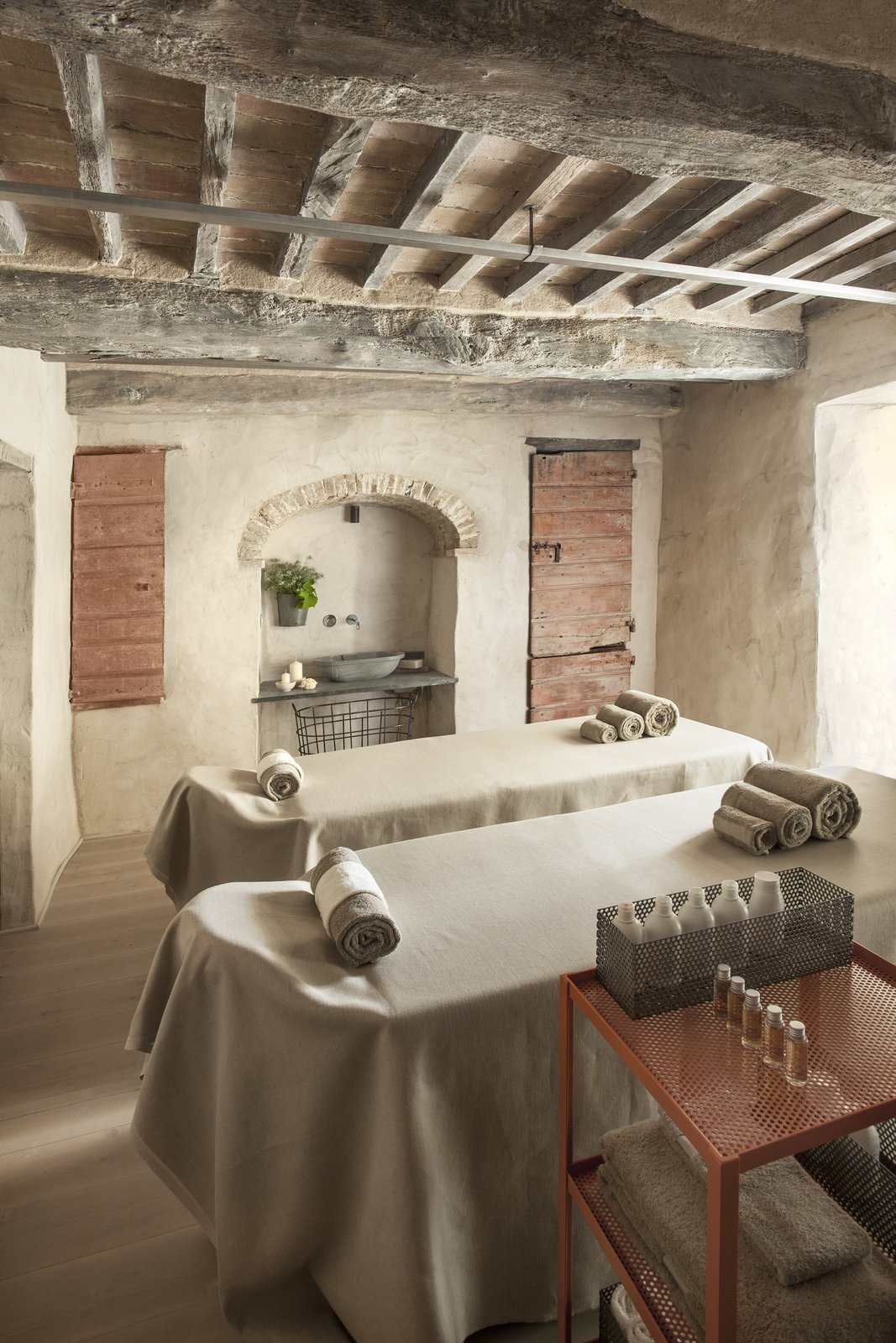 Photo 7 of 9 in A Tree-Filled Spa That Brings Warm Modernism to a 900-Year-Old Tuscan Village