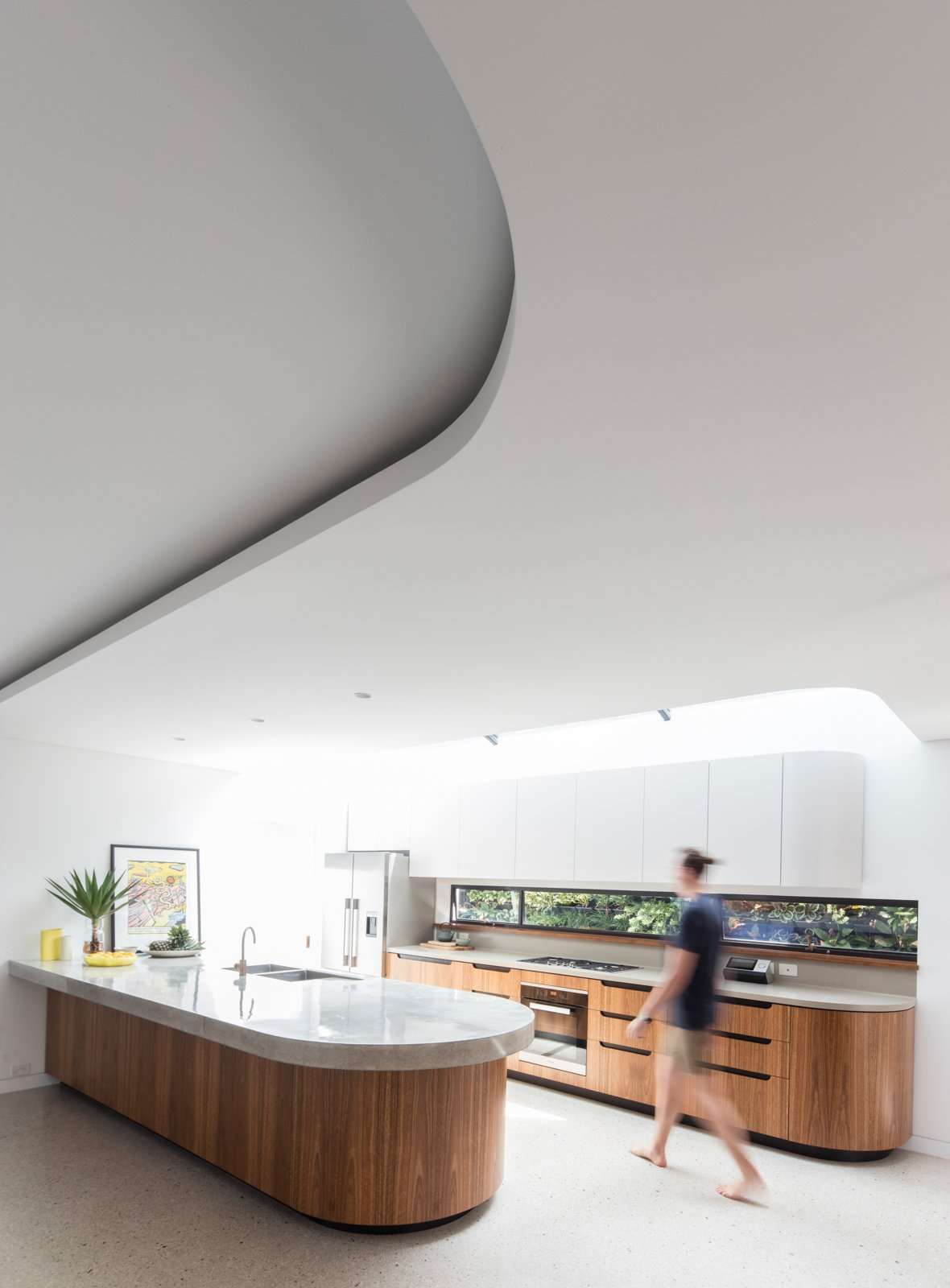 Tagged: Kitchen, Refrigerator, Cooktops, Drop In Sink, Range, and Wall Oven. A Heritage Art Deco House in Australia Gets a Modern Update - Photo 9 of 12