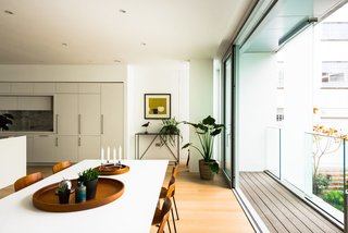Stylish Modern Loft in A London Heritage Neighborhood - Photo 8 of 12 -