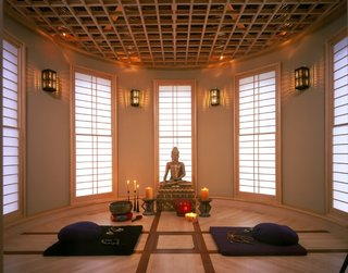 7 Tips For Creating Your Own Home Meditation Zone - Photo 4 of 7 -