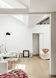 8 Stylish London Apartments - Photo 1 of 8 - Home of American-born architect Johanna Molineus, this 678-square-foot apartment in central London breaks and bends conventions to make the most of the compact space.