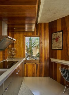 Escape to a John Lautner Micro-Resort in the Californian Desert - Photo 3 of 12 -