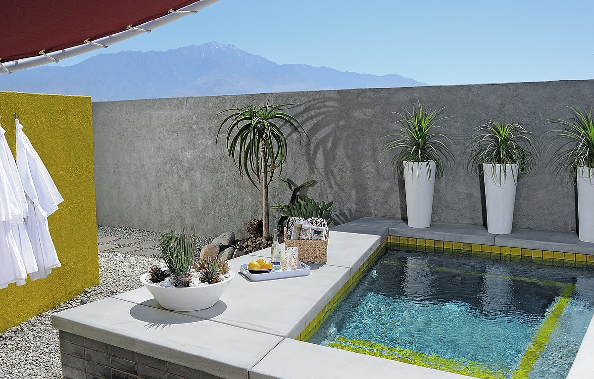 Tagged: Outdoor, Back Yard, Small Pools, Tubs, Shower, and Raised Planters.  Photo 13 of 13 in Escape to a John Lautner Micro-Resort in the Californian Desert