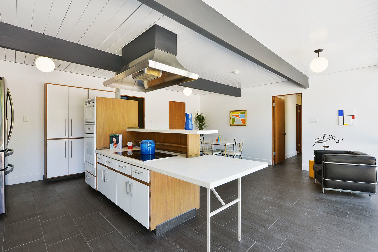 Tagged: Kitchen.  Photo 9 of 15 in An Enormous Bay Area Eichler Asks $1.45M