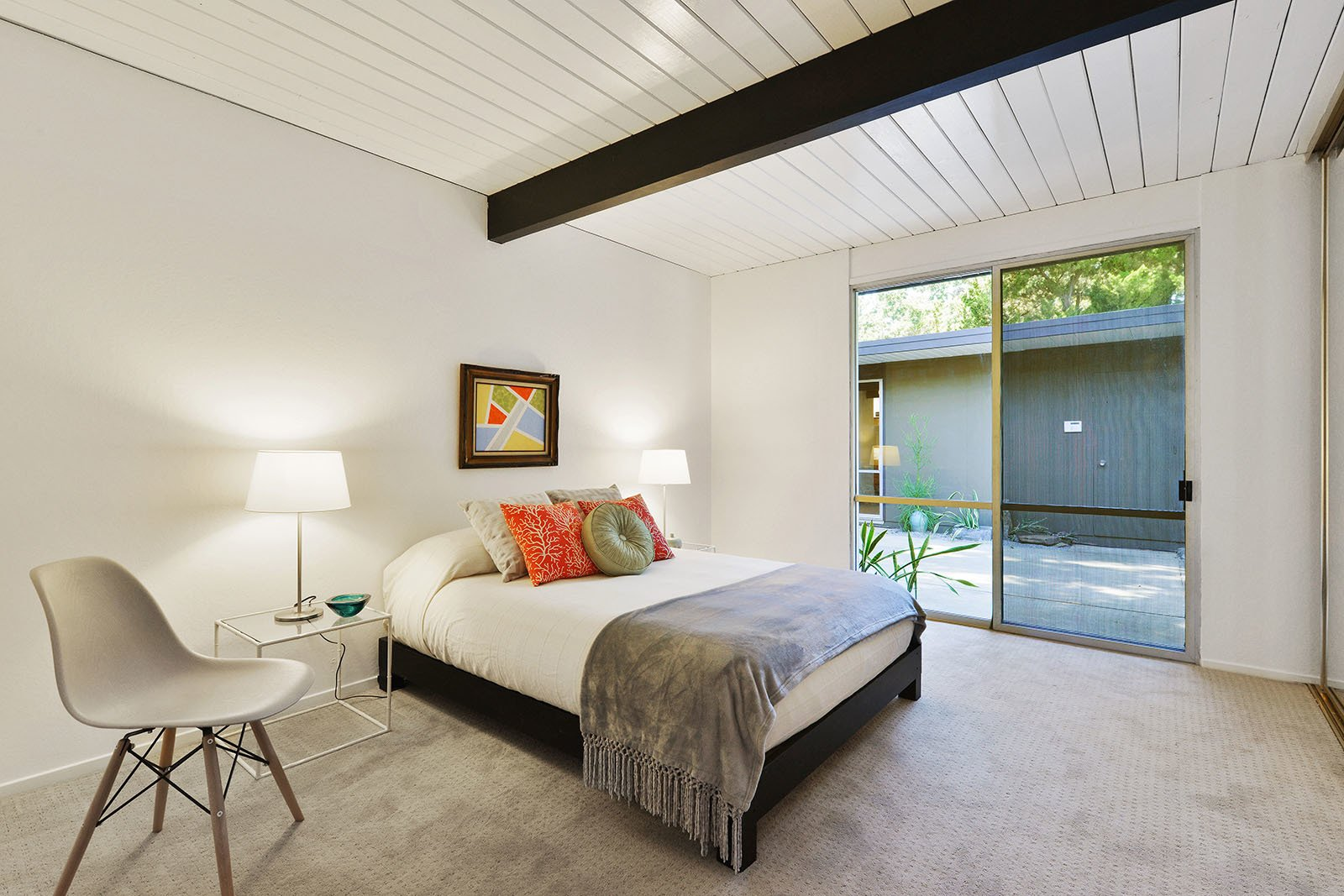 Tagged: Bedroom.  Photo 7 of 15 in An Enormous Bay Area Eichler Asks $1.45M