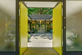 An Enormous Bay Area Eichler Asks $1.45M - Photo 1 of 14 -