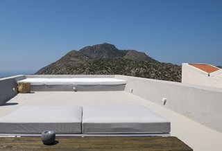 Enjoy Island Life In A Modern Greek Holiday Villa In The Midst of Ancient Ruins - Photo 11 of 12 -