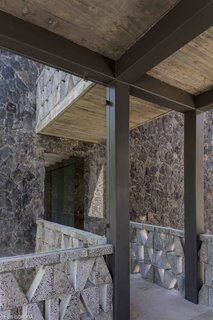 A New Hotel in Morelos Combines Local Mexican Elements With Brutalist Architecture - Photo 10 of 11 -