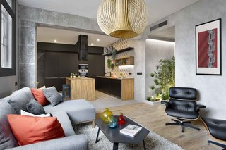 Three Styles Meet in This Compact Barcelona Apartment - Photo 7 of 10 -