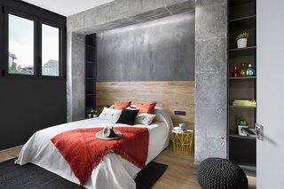 Three Styles Meet in This Compact Barcelona Apartment - Photo 8 of 10 -
