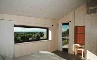 This Eco-Friendly Bed-and-Breakfast in Italy Is the Perfect Indoor/Outdoor Escape - Photo 7 of 13 -