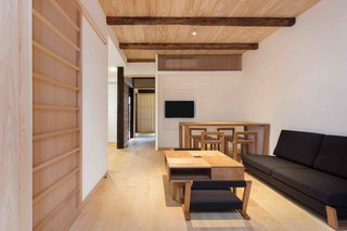 Stay in a Historic Japanese Townhouse in Kyoto That Was Saved From Ruin - Photo 6 of 15 -