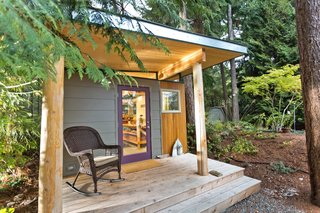 8 Tiny Sheds and Studios Used as Home Offices or Creative Retreats - Photo 4 of 8 - This prefabricated studio shed by Modern-Shed Inc. in Vahon Island, Washington, serves as a peaceful creative workspace for a professional artist.