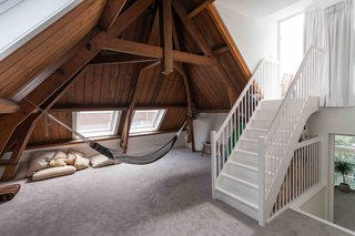 An Old Amsterdam School Is Converted Into 10 Apartments - Photo 12 of 15 -