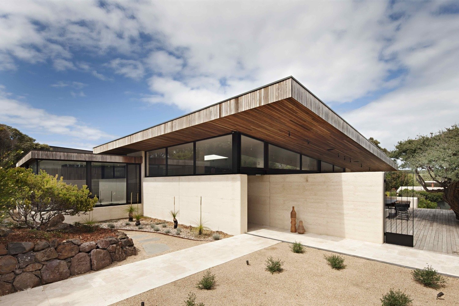 A Layered Home In Coastal Australia That Merges With The