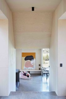 A Bushland Home in Melbourne That's Divided Between Two Pavilions - Photo 3 of 13 -