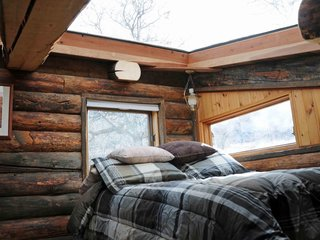 Enjoy the Rest of Fall by Renting One of These Cozy Cabins or Tree Houses - Photo 2 of 17 -