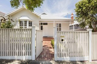 2 New Gable Roofs Brighten Up an Edwardian Cottage in Melbourne - Photo 1 of 11 -