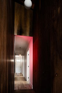 A Pink Corridor Connects the Past With the Present in a Victorian Cottage - Photo 7 of 15 -
