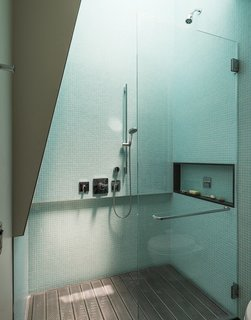 8 Bold Bathrooms That Don't Back Away From Color - Photo 5 of 9 - Architect Philippe Baumann's New York home has an upstairs shower with a perforated, galvanized-steel platform, and an operable skylight above that brings out the best in the aqua green tiles.
