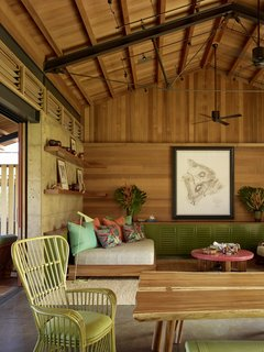 An Incredible Home in Hawaii That's As Much Fun As Summer Camp - Photo 6 of 20 -