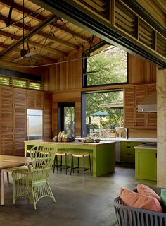 An Incredible Home in Hawaii That's As Much Fun As Summer Camp - Photo 7 of 20 -