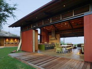 An Incredible Home in Hawaii That's As Much Fun As Summer Camp - Photo 18 of 20 -