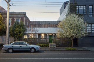 One of Melbourne's Oldest Prefab Timber Cottages Gets a Second Chance - Photo 1 of 12 -