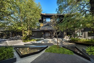 A Hotel in Beijing Fuses Chinese History With Cosmopolitan Style