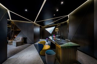 A Hotel in Beijing Fuses Chinese History With Cosmopolitan Style - Photo 5 of 18 -