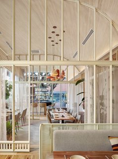 A Modern Mexican Restaurant in Austin Created by a Team of Locals - Photo 3 of 10 -