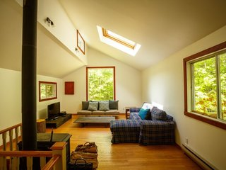 8 Outstanding Cabins For Rent in Canada - Photo 16 of 16 -