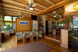 9 Vacation Rentals That Will Make You Want to Book a Flight to Hawaii - Photo 8 of 9 -