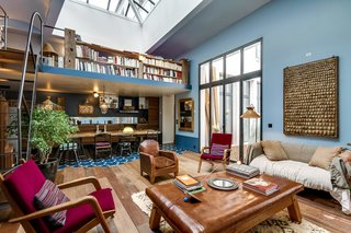 8 Charming Parisian Apartments You'll Want to Book Right Now - Photo 3 of 8 -