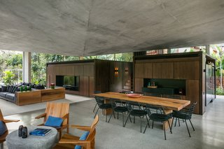 A Concrete Home in Brazil Lets the Owners Practically Live in the Jungle - Photo 6 of 12 -