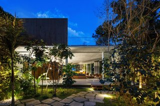 A Concrete Home in Brazil Lets the Owners Practically Live in the Jungle - Photo 12 of 12 -