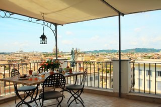 7 Places to Rent For the Perfect Roman Holiday - Photo 10 of 14 -