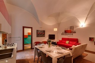 7 Places to Rent For the Perfect Roman Holiday - Photo 3 of 14 -