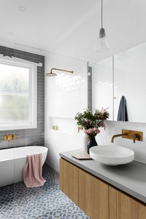 6 Insider Tips For Bathroom Design From the Experts - Photo 2 of 7 -