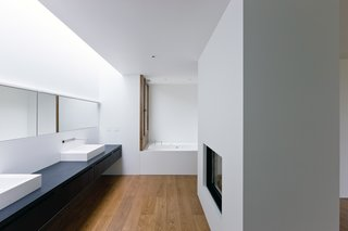 Ai Weiwei and HHF Architects Create a Rural Retreat For Two Art Collectors - Photo 8 of 9 -