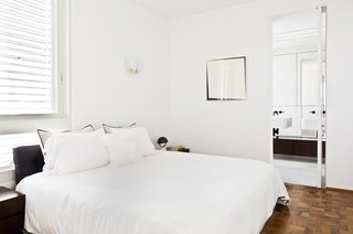This Renovated Pad in São Paulo's Iconic Lausanne Building Is a Breath of Fresh Air - Photo 6 of 11 -