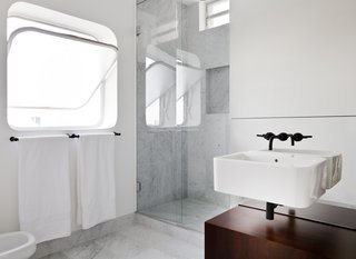This Renovated Pad in São Paulo's Iconic Lausanne Building Is a Breath of Fresh Air - Photo 11 of 11 -