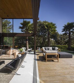 This Stunning Brazilian Residence Takes Cues From Mies van der Rohe - Photo 9 of 12 -