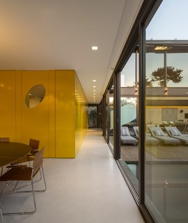 This Stunning Brazilian Residence Takes Cues From Mies van der Rohe - Photo 4 of 12 -