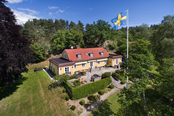 Greta Garbo's Swedish Island Villa Is Up For Sale