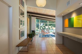 An Immaculate Midcentury Abode in San Diego Asks $1.55M - Photo 3 of 12 -