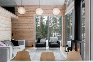 These Log Cabin Kit Homes From Finland Are Surprisingly Sleek - Photo 11 of 15 - Available in sizes that range from 872 to 1,076 sqaure feet, Iniö makes for a spacious holiday or permanent residence.
