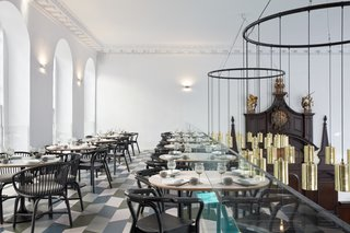 A Historic Church in London Hosts a New Cantonese Restaurant and Art Gallery - Photo 11 of 15 -